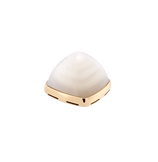 White mother-of-pearl and 18k yellow gold cabochon