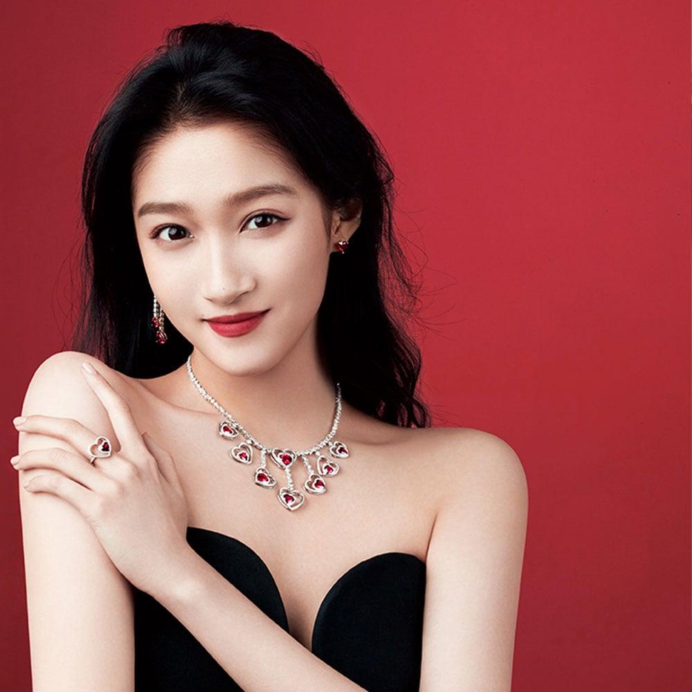 Guan Xiaotong, new China Pretty Woman ambassador